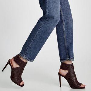 NWOB Zara Laser Cut Leather Sandal Size 40